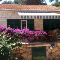 Holiday house Splitska 12686, Splitska - Property