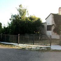 Dom Valbandon 14466, Valbandon - Zewnętrze