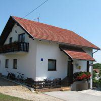 Apartmaji in sobe Smoljanac 14535, Smoljanac - Zunanjost objekta