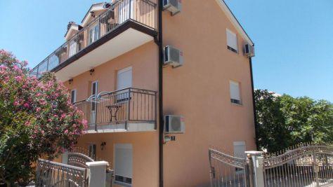 Apartmani i sobe Podaca 15355, Podaca - Eksterijer