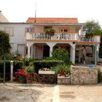 Apartamentos y habitaciones Pakoštane 16943, Pakoštane - Exterior