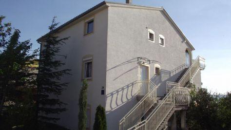 Ferienwohnungen und Zimmer Novi Vinodolski 18057, Novi Vinodolski - Exterieur