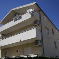 Apartamentos y habitaciones Makarska 18061, Makarska - Exterior