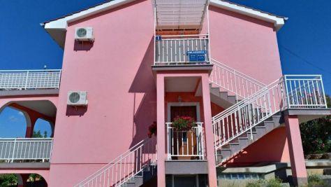 Apartmány Njivice 18089, Njivice - Exteriér
