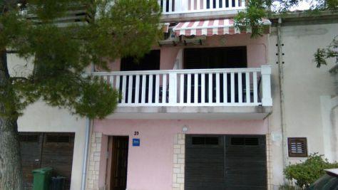Apartmány a pokoje Jadranovo 18480, Jadranovo - Exteriér