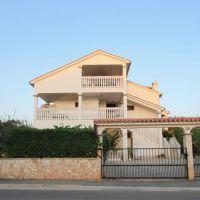 Apartamentos y habitaciones Peroj 3452, Peroj - Exterior