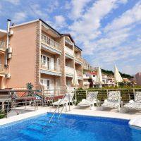 Apartamentos y habitaciones Duće 4634, Duće - Exterior