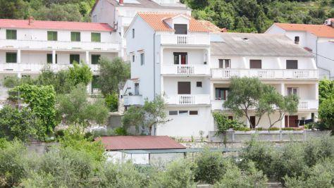 Ferienwohnungen und Zimmer Kampor 4957, Kampor - Exterieur