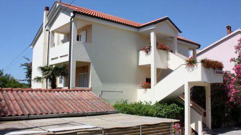 Apartmány Banjol 4977, Banjol - Exteriér