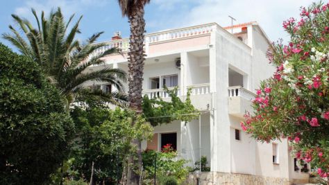 Apartmány a pokoje Barbat 4987, Barbat - Exteriér