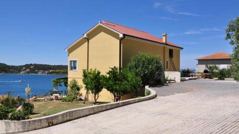 Apartmány a pokoje Supetarska Draga - Gornja 4993, Supetarska Draga - Gornja - Exteriér