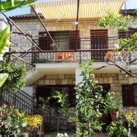 Apartamentos Milna 5160, Milna (Brač) - Exterior