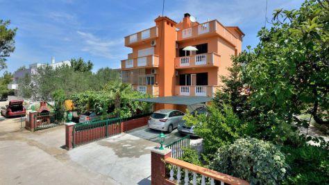 Apartments Zadar - Diklo 6038, Zadar - Diklo - Exterior