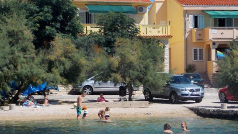 Apartmány Kustići 6049, Kustići - Exteriér