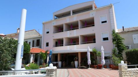 Apartmány Novalja 6133, Novalja - Exteriér