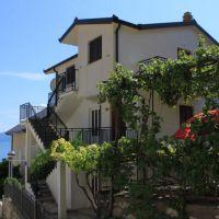 Ferienwohnungen und Zimmer Podaca 7204, Podaca - Exterieur