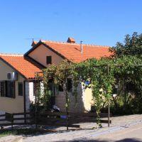 Apartamentos Crveni Vrh 7399, Crveni Vrh - Exterior