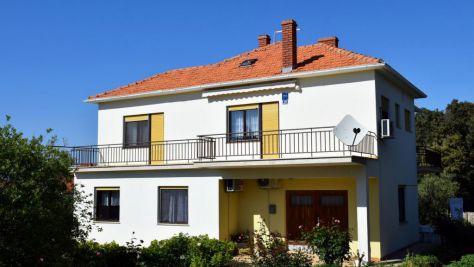 Apartments Ugljan 8452, Ugljan - Exterior