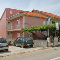 Appartamenti e camere Stari Grad 9112, Stari Grad - Esterno