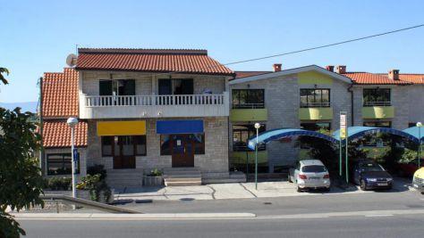 Apartmani i sobe Makarska 9345, Makarska - Eksterijer